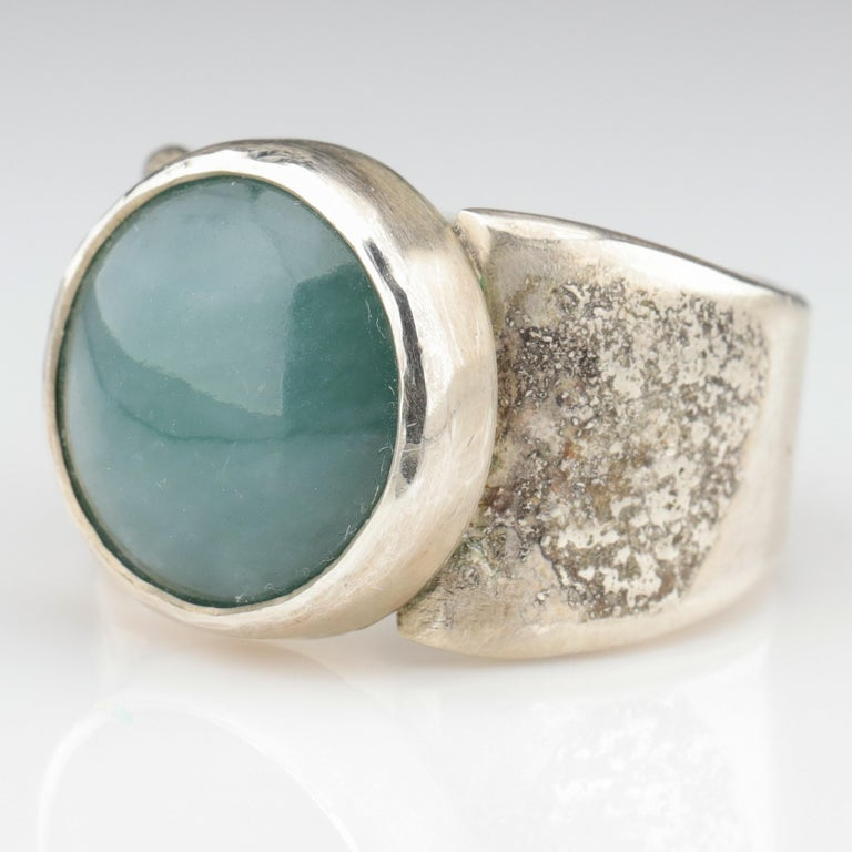 Blue Jade Ring in Silver Certified Natural and Untreated In New Condition For Sale In Southbury, CT