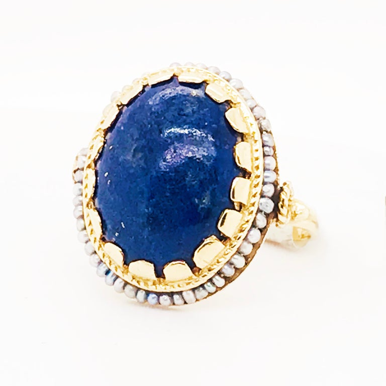 Blue Lapis and Seed Pearl Halo Estate Ring 14 Karat Yellow Gold, circa 1960 In Excellent Condition For Sale In Austin, TX