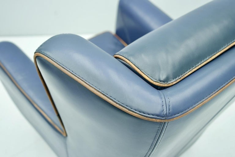 Blue Leather Lounge Chair Bergère by Baxter, Italy For Sale 4