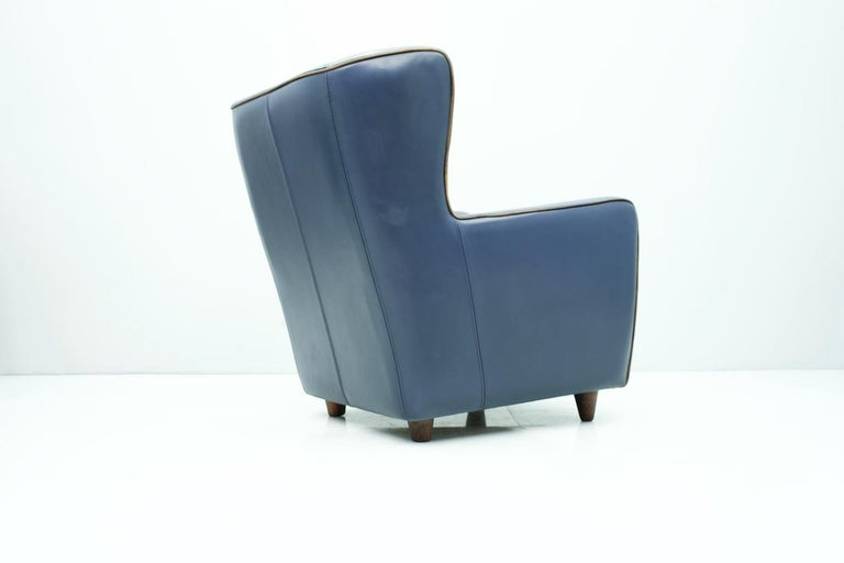 Modern Blue Leather Lounge Chair Bergère by Baxter, Italy For Sale