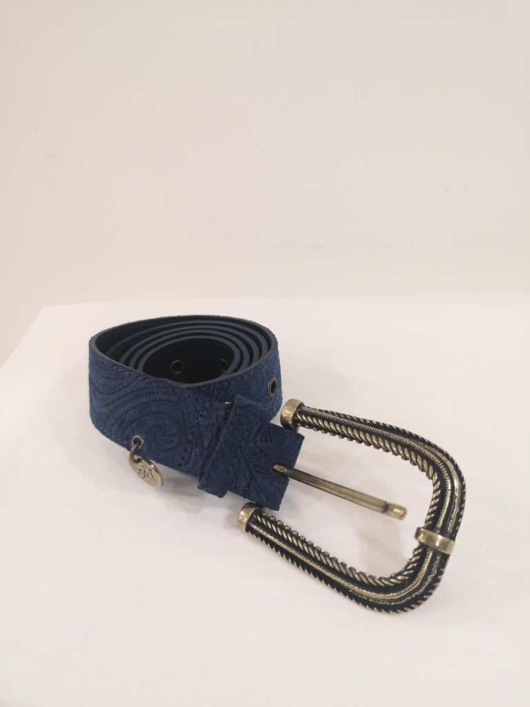 Blue leather suede belt NWOT In New Condition For Sale In Capri, IT