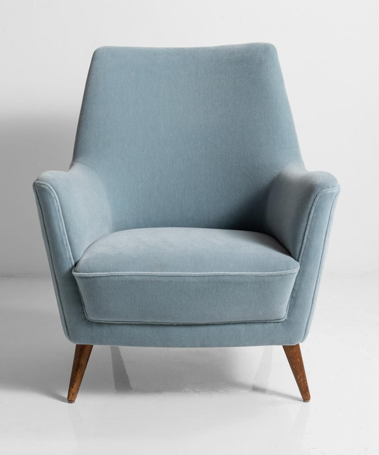 Blue Mohair Armchairs, Italy, circa 1960 In Good Condition For Sale In Culver City, CA