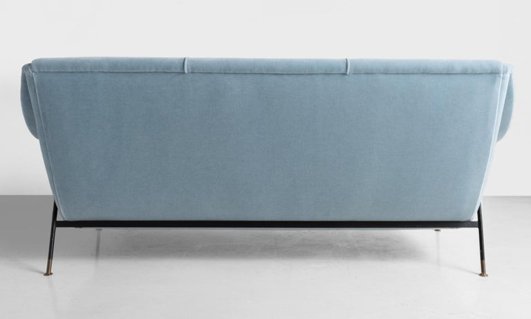 Mid-20th Century Blue Mohair Modern Sofa by Ezio Minotti, Italy, circa 1950 For Sale
