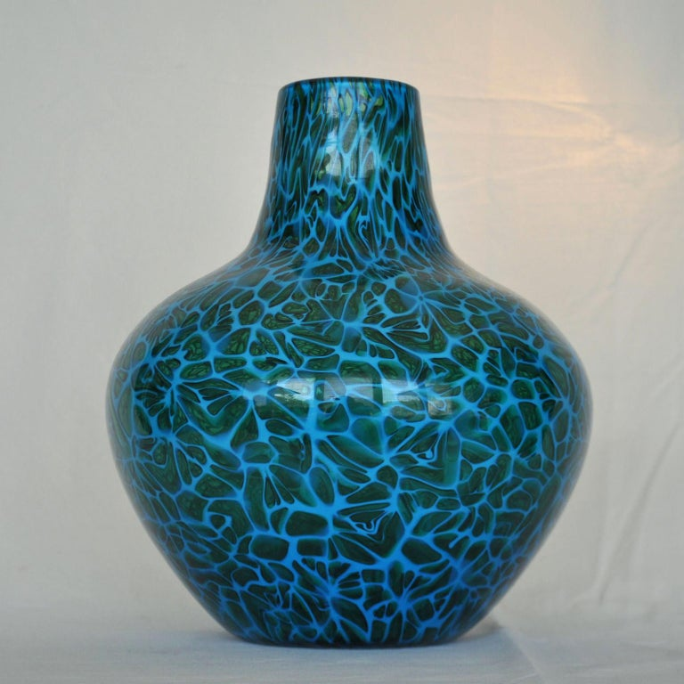 Blue Mosaico Vase Attributed to Fratelli Toso, 1950s, Italy In Excellent Condition For Sale In London, GB