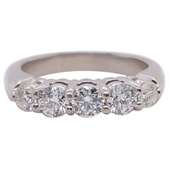 Blue Nile 5 Round Diamond 0.85 Carat Anniversary Band Ring in Platinum