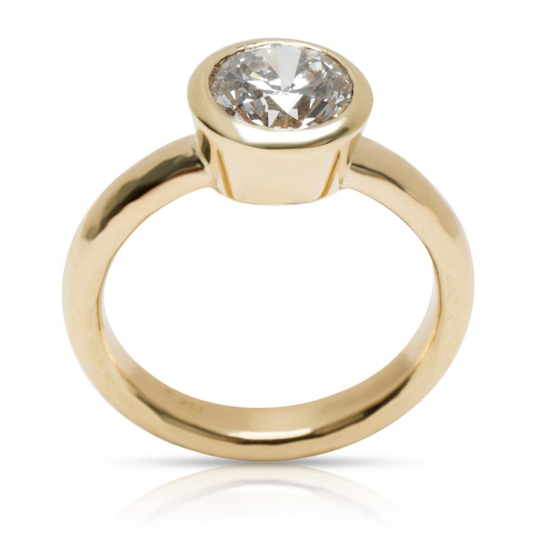 Round Cut Blue Nile Bezel Set Solitaire Diamond Ring in 18 Karat Gold 1.84 Carat H/SI1 For Sale