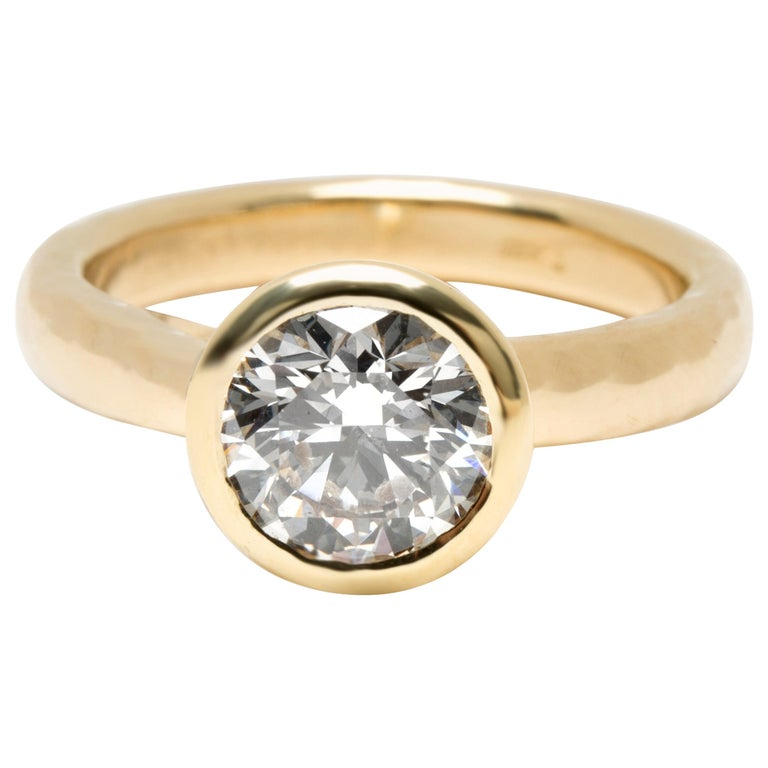 Blue Nile Bezel Set Solitaire Diamond Ring in 18 Karat Gold 1.84 Carat H/SI1 For Sale