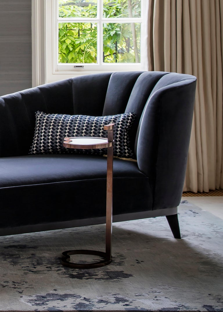 Blue Notte Aphrodite Chaise in Velvet and Black American Walnut In Excellent Condition For Sale In London, GB
