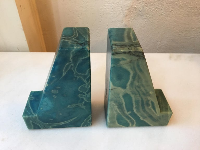 Blue Onyx Bookends from the 1960s In Good Condition For Sale In Philadelphia, PA