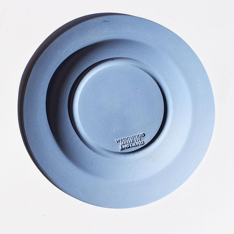 English Blue Round Wedgwood Jasperware Dish with Man and Floral Detail, England For Sale