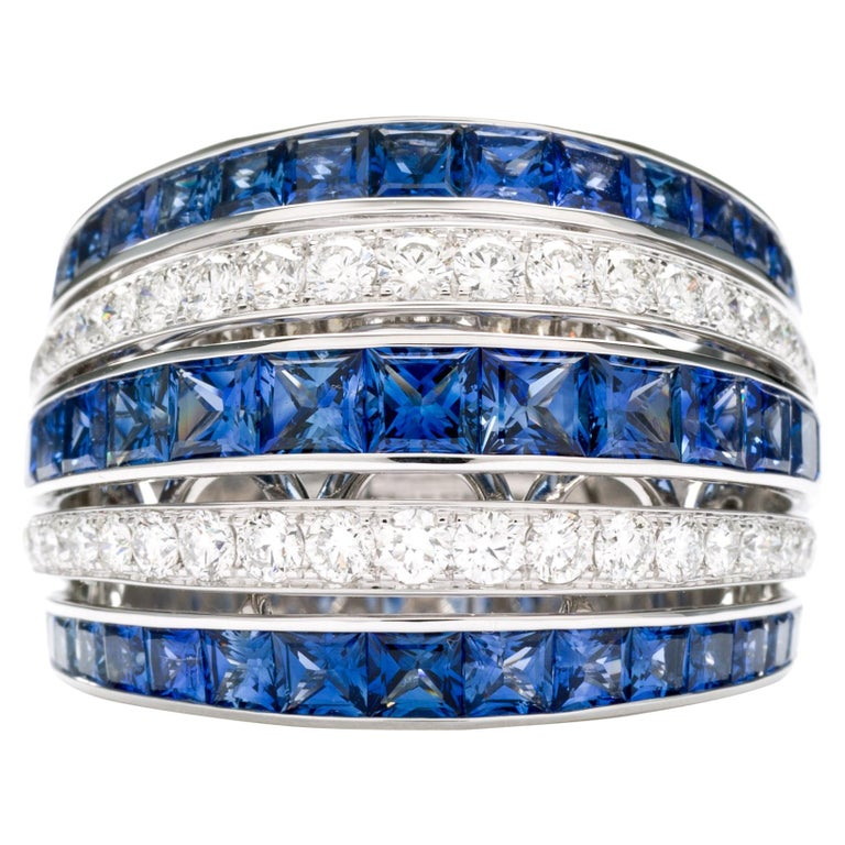 Blue Sapphire 18 Karat White Gold Princess Ring For Sale