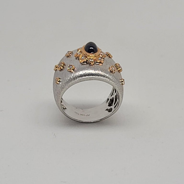 Blue Sapphire 18k White Rose Gold Diamonds Cocktail Ring in Florentine Finish For Sale 1