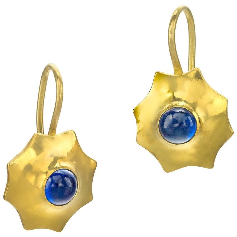 Blue Sapphire 22 Karat Gold Yellow Gold 20 Karat Gold Earrings At
