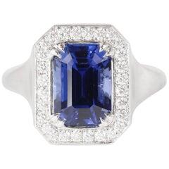 Blue Sapphire 3.43 Carat Emerald Cut 18 Karat White Gold Brushed Ring