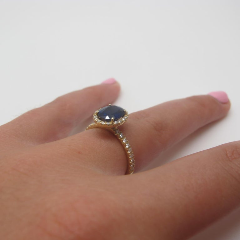 Oval Cut 2.16 Carat Blue Sapphire and Diamond 18 Karat Yellow Gold