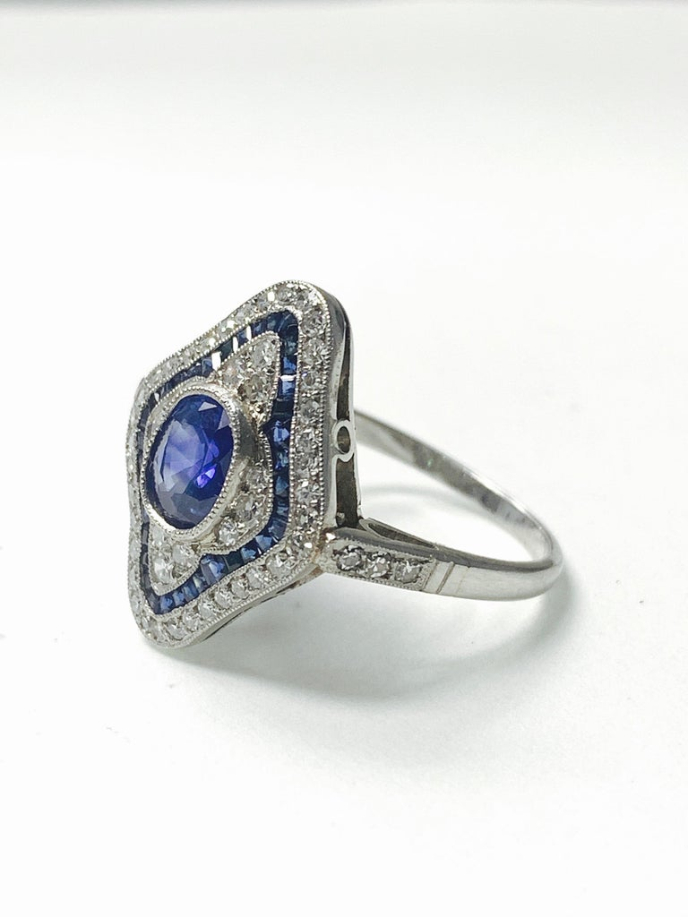 Blue Sapphire and Diamond Engagement Ring in Platinum In New Condition For Sale In New York, NY