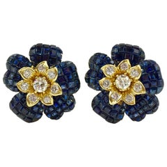 Blue Sapphire and Diamond Flower Earrings 18 Karat Yellow Gold
