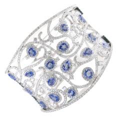 Blue Sapphire Bangle Bracelet 10.50 Carat with Diamonds 6.50 Carat 18 Karat Gold