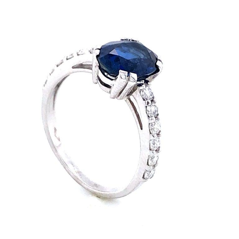 Blue Sapphire Ceylan and Diamonds on White Gold 18 Karat For Sale 4