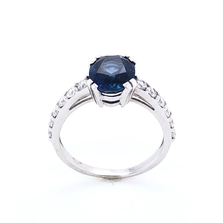 Blue Sapphire Ceylan and Diamonds on White Gold 18 Karat In New Condition For Sale In Vannes, FR