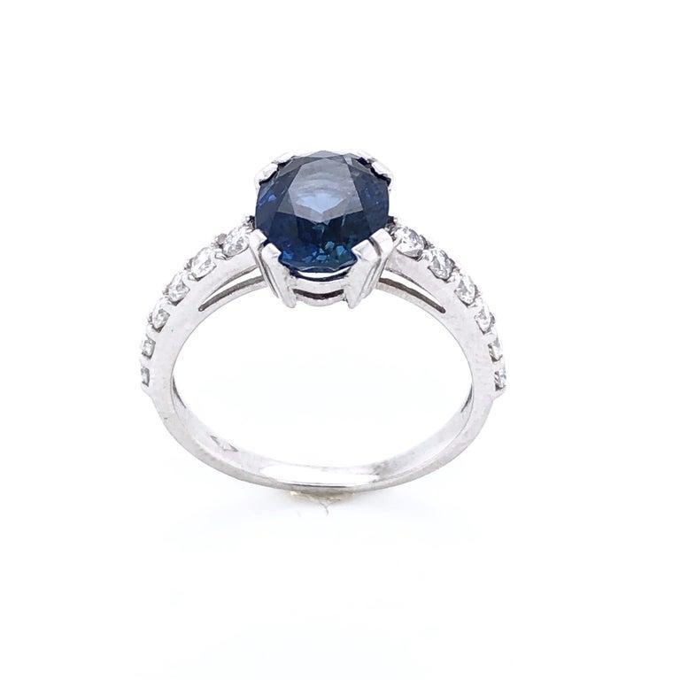 Blue Sapphire Ceylan and Diamonds on White Gold 18 Karat For Sale 3