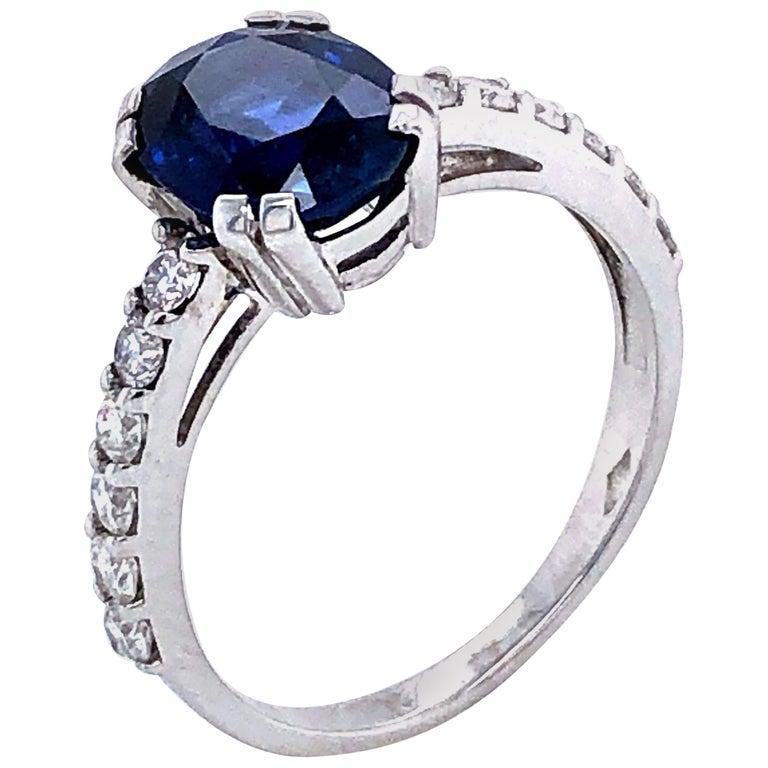 Blue Sapphire Ceylan and Diamonds on White Gold 18 Karat For Sale