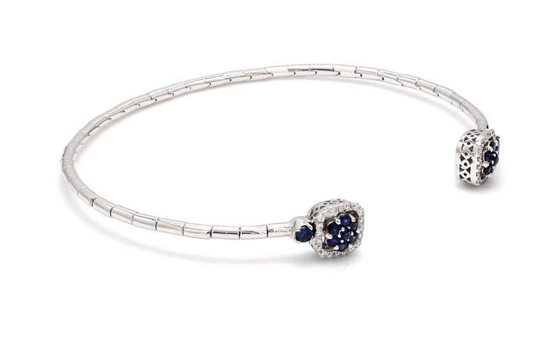 Round Cut Blue Sapphire Diamond 18 Karat White Gold Cuff Bracelet For Sale
