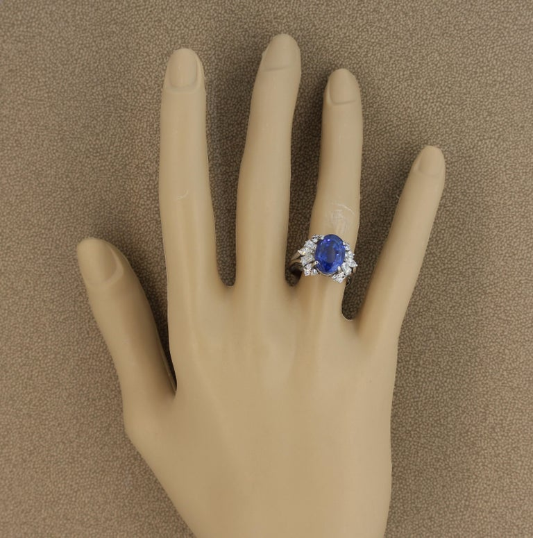 Blue Sapphire Diamond Platinum Ring, GIA Certified For Sale 1