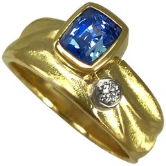 Blue Sapphire Geo Ring in 18 Karat Yellow and Palladium White Gold Side Diamond