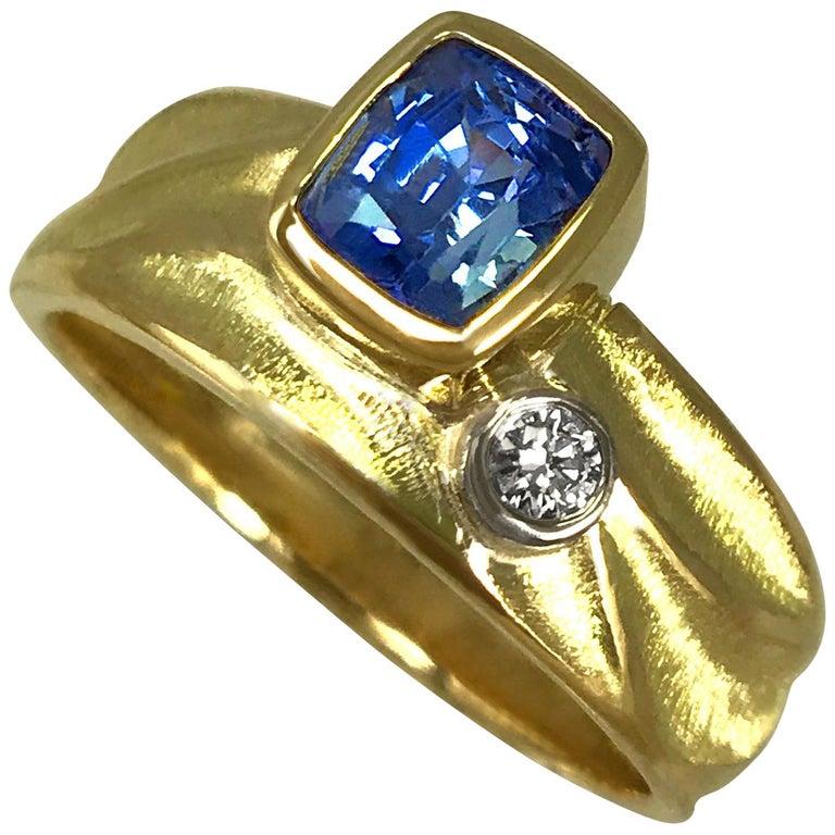 Blue Sapphire Geo Ring in 18 Karat Yellow and Palladium White Gold Side Diamond For Sale