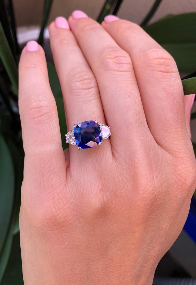 Sapphire Ring Ceylon Cushion Cut 3.81 Carats C. Dunaigre Certified In New Condition For Sale In Beverly Hills, CA
