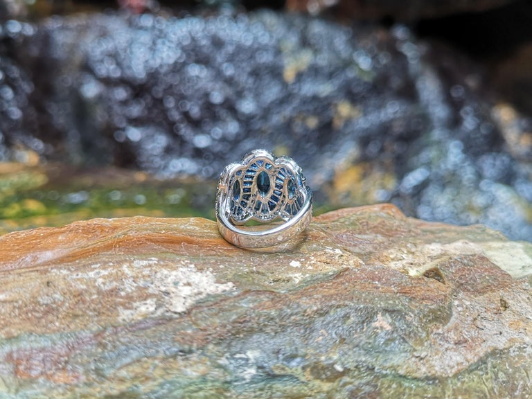 Blue Sapphire with Diamond Ring Set in 18 Karat White Gold Settings For Sale 8