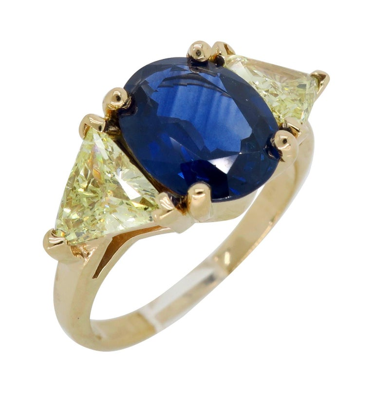 Blue Sapphire and Yellow Diamond Three-Stone Ring For Sale 6