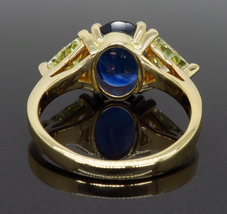 Blue Sapphire and Yellow Diamond Three-Stone Ring For Sale 1