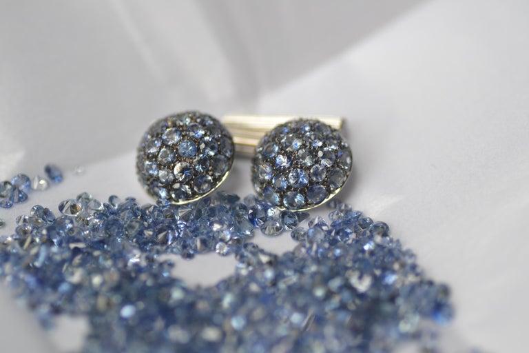Blue Sapphires Carat 6.39 Diamond Carat 0.18 18 Karat Gold Boule Cufflinks For Sale 1
