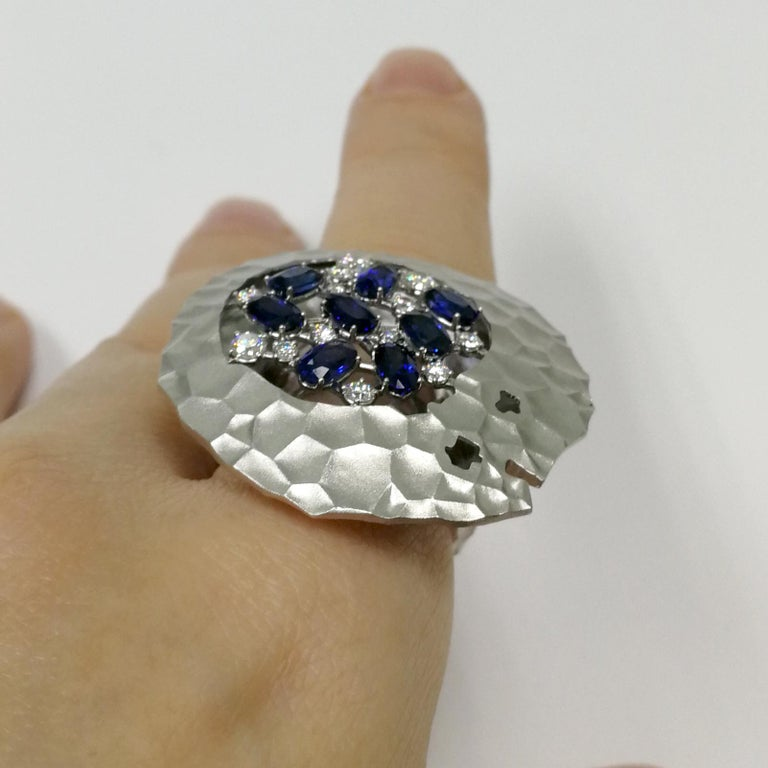 Blue Sapphires Diamonds 18 Karat White Gold Big Oasis Ring For Sale 4