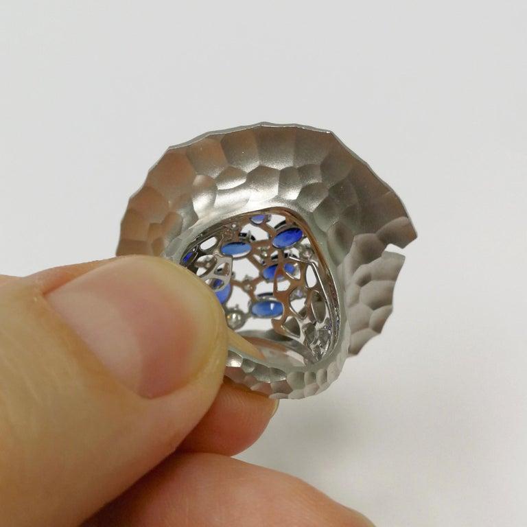 Women's Blue Sapphires Diamonds 18 Karat White Gold Big Oasis Ring For Sale