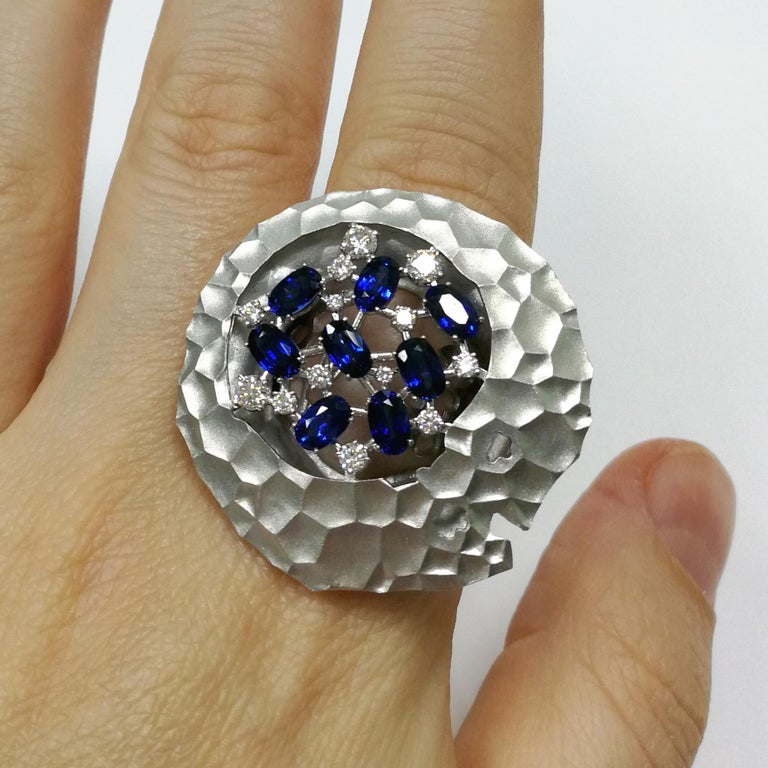 Blue Sapphires Diamonds 18 Karat White Gold Big Oasis Ring For Sale 2