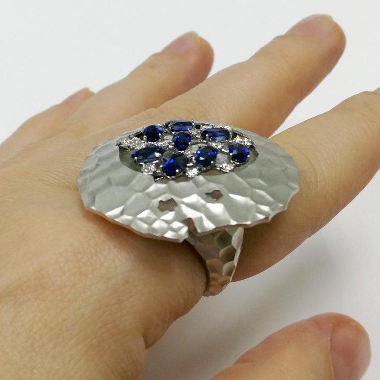 Blue Sapphires Diamonds 18 Karat White Gold Big Oasis Ring For Sale 3