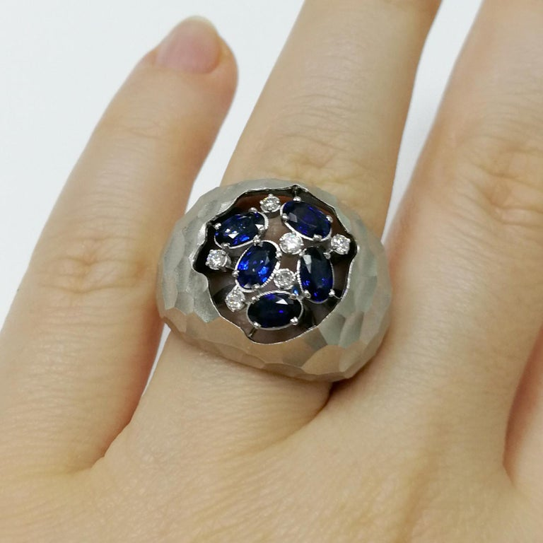 Blue Sapphires Diamonds 18 Karat White Gold Small Oasis Ring For Sale 1