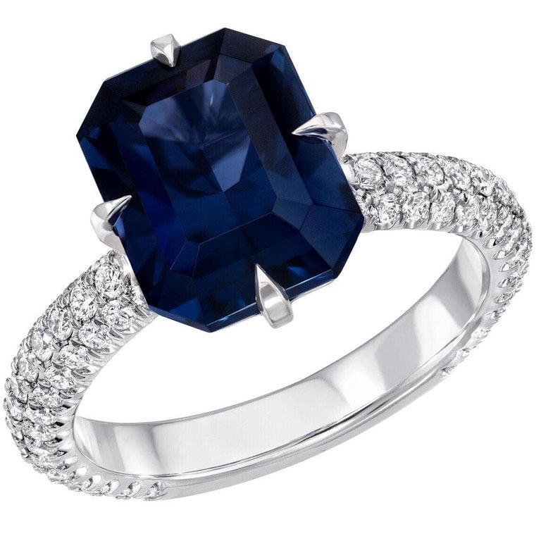 Blue Spinel Ring 4.01 Carat Emerald Cut For Sale