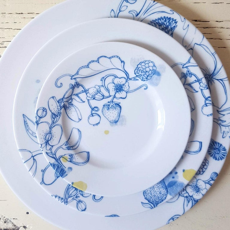 Other Blue Summer, Contemporary Porcelain Bread Plates Set with Blue Floral Design For Sale