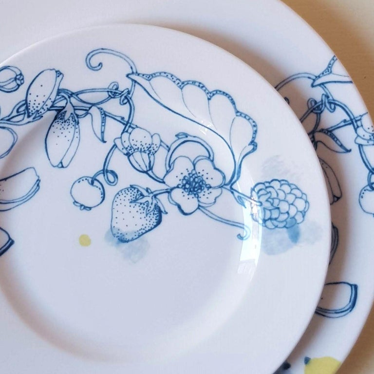 Italian Blue Summer, Contemporary Porcelain Bread Plates Set with Blue Floral Design For Sale