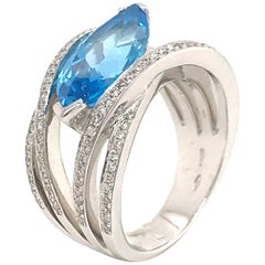 Blue Topaz and Diamond Color G -VS Marquise Shape Gold 18 Karat Fashion Ring