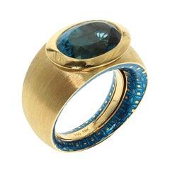 Blue Topaz Colored Enamel 18 Karat Yellow Gold Kaleidoscope Ring