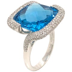 Blue Topaz Cushion Shape and Diamonds Color G-VS on White Gold 18K Fashion Ring