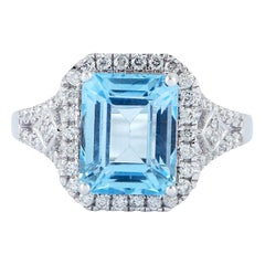 Blue Topaz Diamond 18 Karat Gold Ring