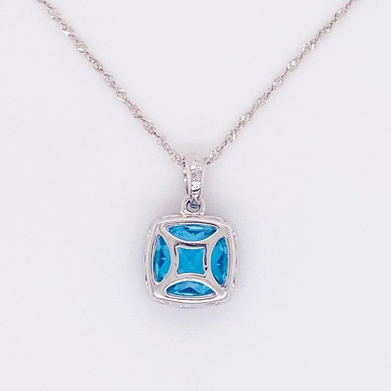 Blue Topaz Diamond Necklace, White Diamond, 14 Karat Gold, 14 Karat, Pendant In New Condition For Sale In Austin, TX