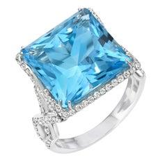 Blue Topaz Ring 14.66 Carat Princess Cut