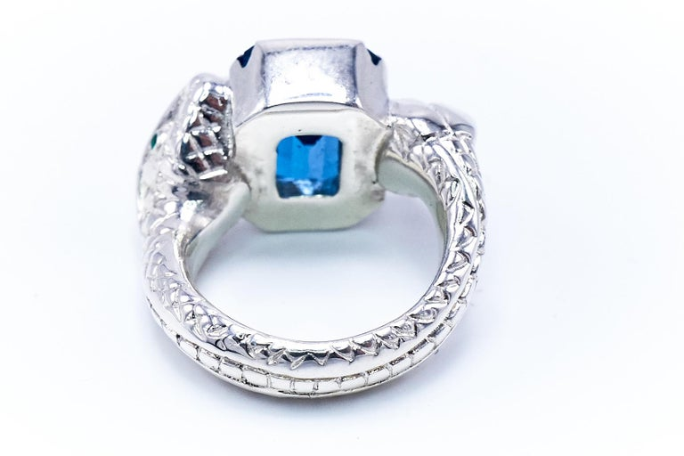 Blue Topaz White Diamond Emerald Silver Snake Ring In New Condition For Sale In Los Angeles, CA